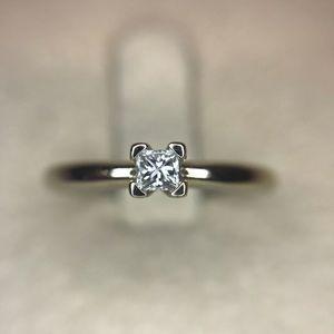 Genuine 14kw Gold & Diamond Ring